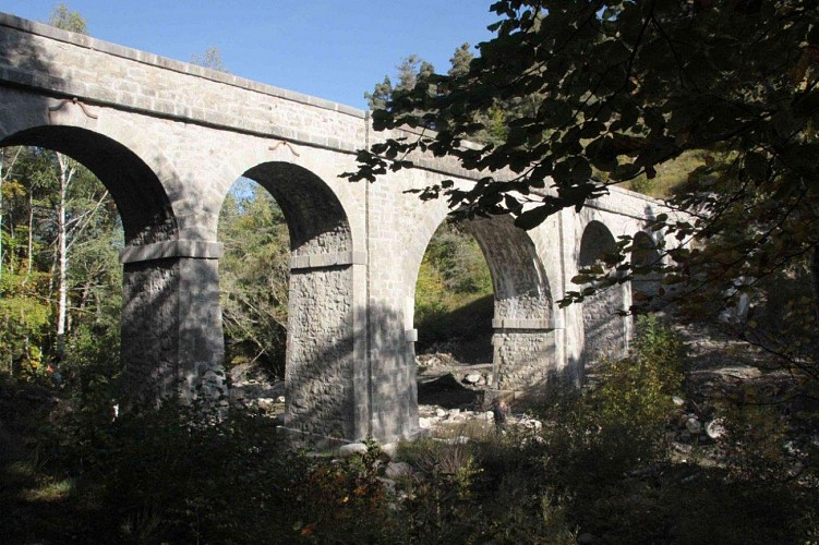 Aqueduc des Gorges