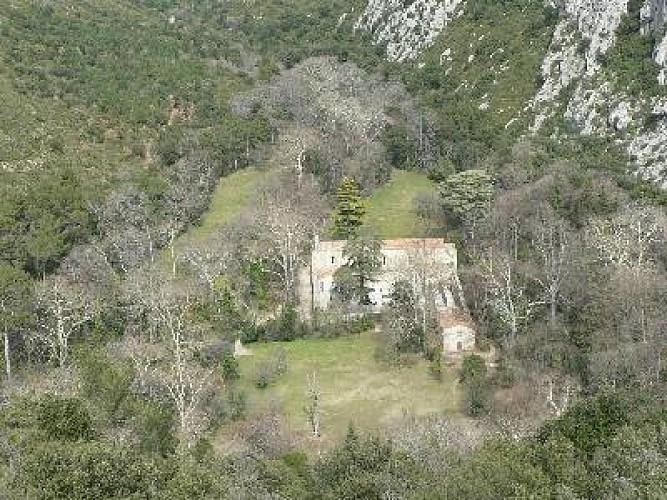 Sur les pas du GR2013 : la vallée de St Pons