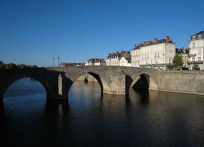 La Mayenne, au Pays de la Loire