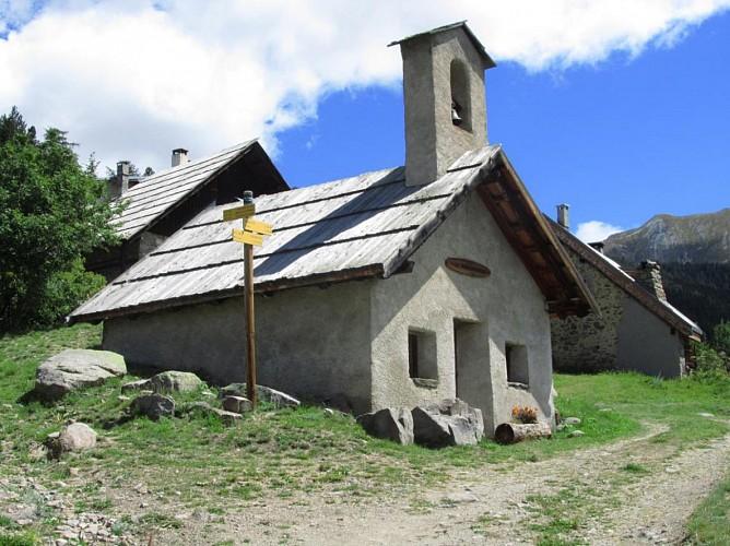 Chapelle des Tronchets