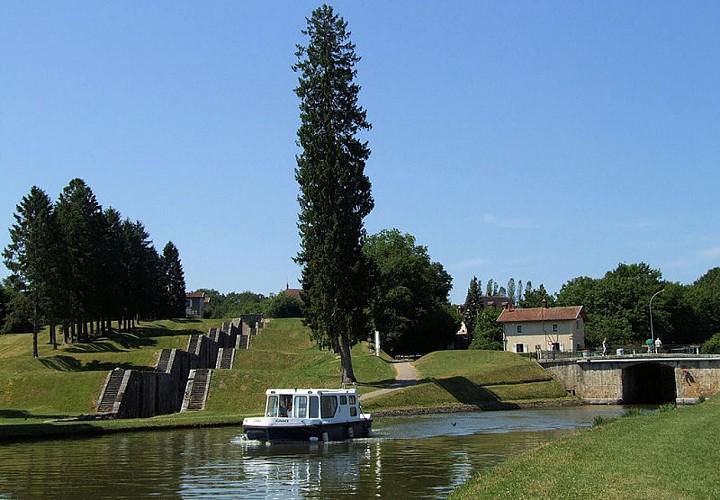Canal de Briare, un des plus anciens canaux de France