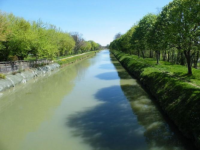 Canal de Montech ou canal de Montauban