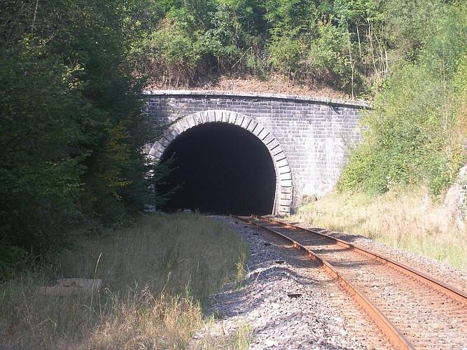 D'un bout à l'autre du tunel ...