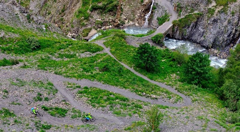 Le Col de la Valette depuis Besse