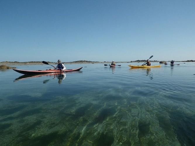Kayak de mer aux abords de Roscoff