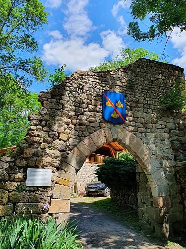 Sentier du site médiéval de Donzy