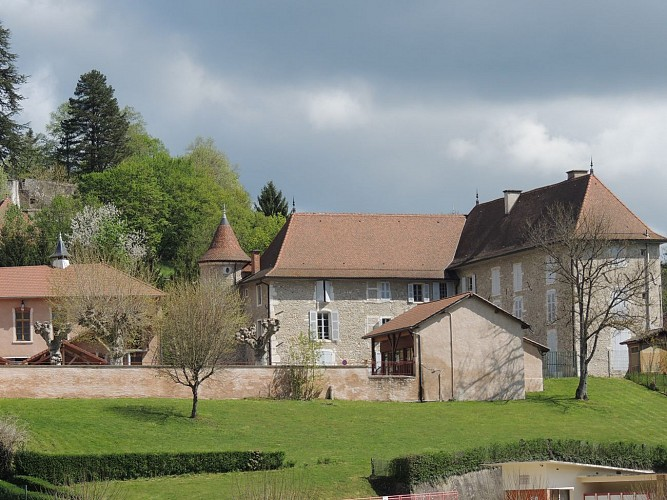 Walking trail: Country châteaux