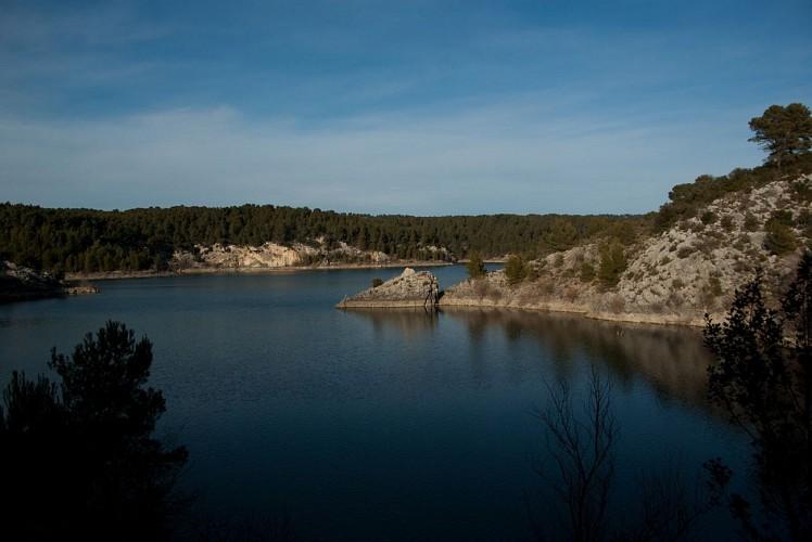 Sentiers découverte du lac de Bimont - Montagne Sainte-Victoire (Grand site de France)