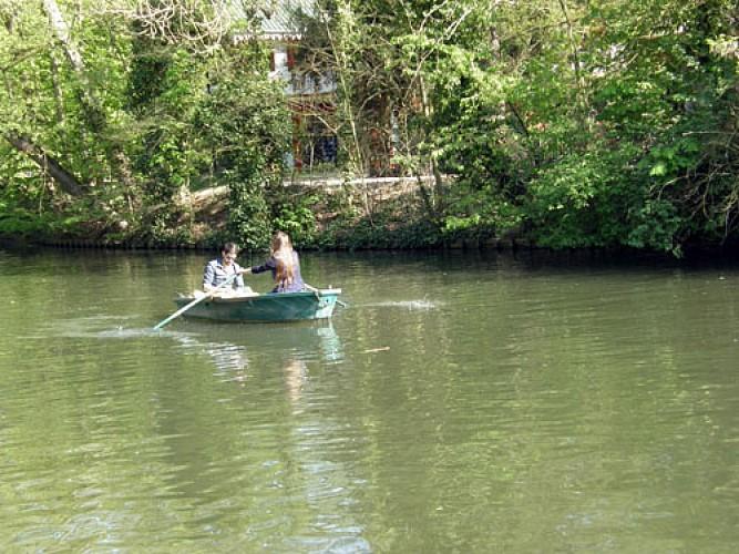 Balades romantiques en barque à Paris
