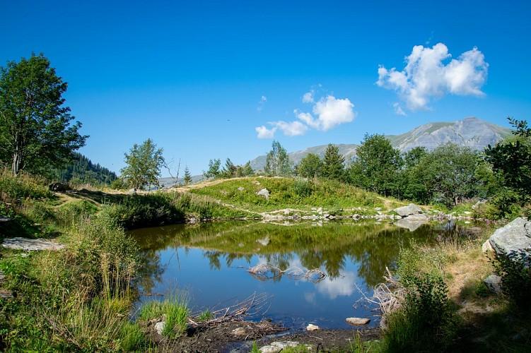 Heritage Hike N°4 – Armancette Chalets and Lake