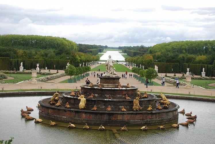 Promenade de Neptune au jardin de Versailles