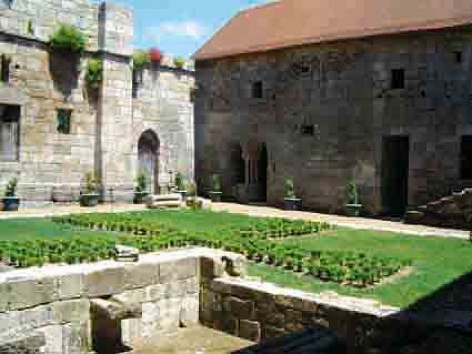 Chemin de César au monastère Grandmontain
