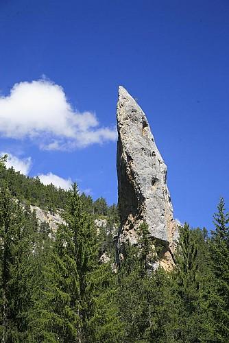Le Monolithe de Sardières