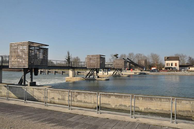 Détour par le barrage de Jaulnes