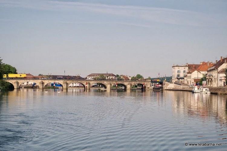 Circuit fluvial de Gray vers Savoyeux - Vesoul-Val de Saône