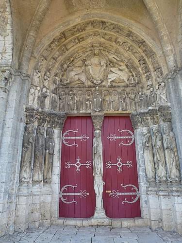 Les trois églises du Sud-Provinois