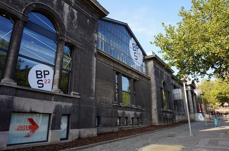 Circuit de CHARLEROI : Friches, art urbain et patrimoine / Hainaut