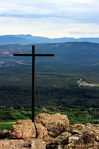 Path to the 3 Crosses