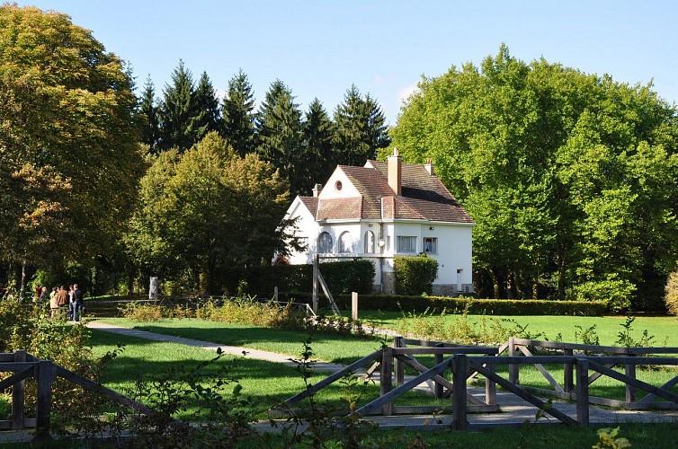 Solre le Chateau - Moulins et kiosque en pays d'Avesnes