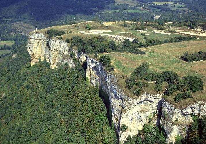 Vue aérienne du site archéologique de Larina