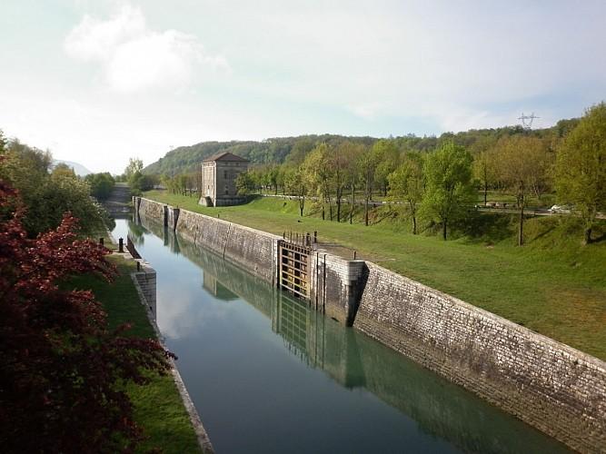 Le Rhône depuis l'Isère