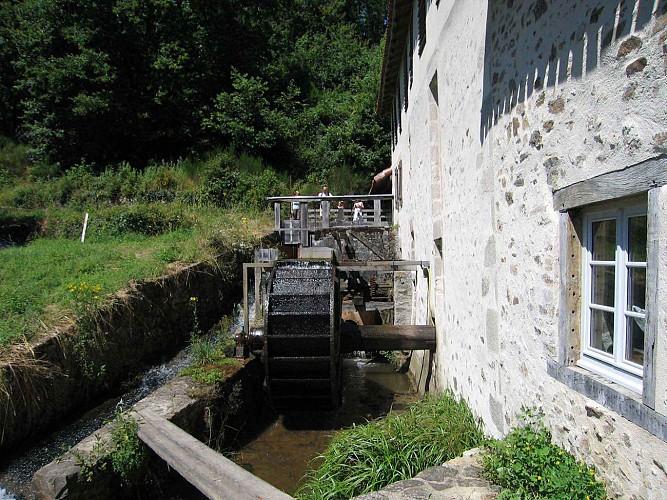 Sentier de Brignac au Moulin du Got