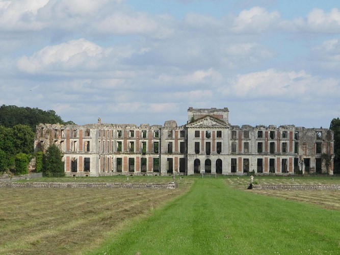 Le Château de St Simon à La Ferté Vidame