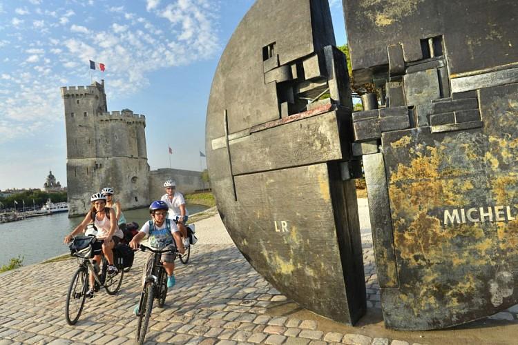 Arrivée ou départ de La Vélo Francette à La Rochelle