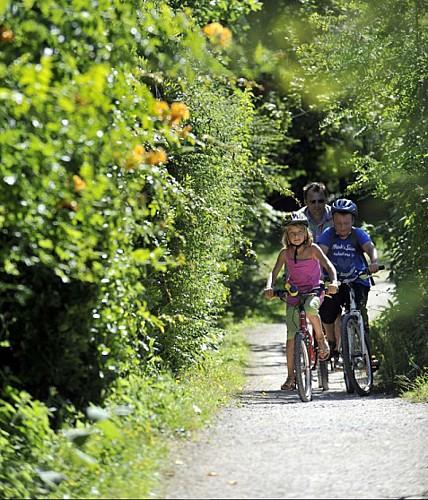Randonnée vélo en famille dans le Marais poitevin