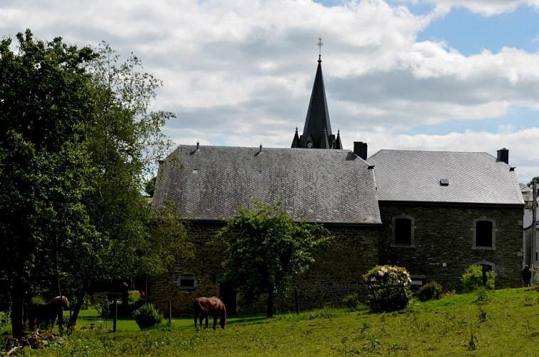 Départ Chez Léonce entre les châteaux