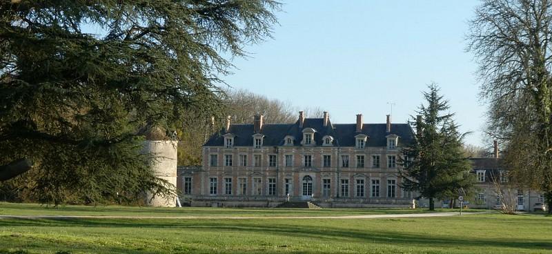 Sur les terres de Louis XI