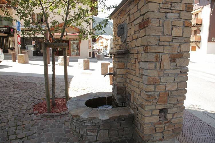 Water trail : 8 fountains, 2 torrents