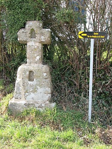 Circuit 5 : Par les moulins de St Denis - Commune de St Denis de Gastines