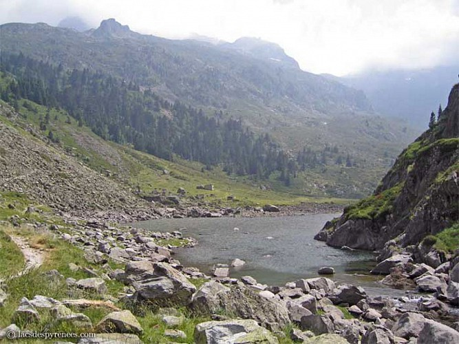 Lac et cabanne de Plaa de Prat