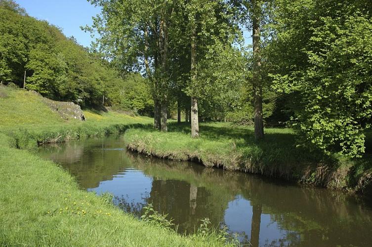 Circuit n°9 : L'Oscence - Commune de Montenay