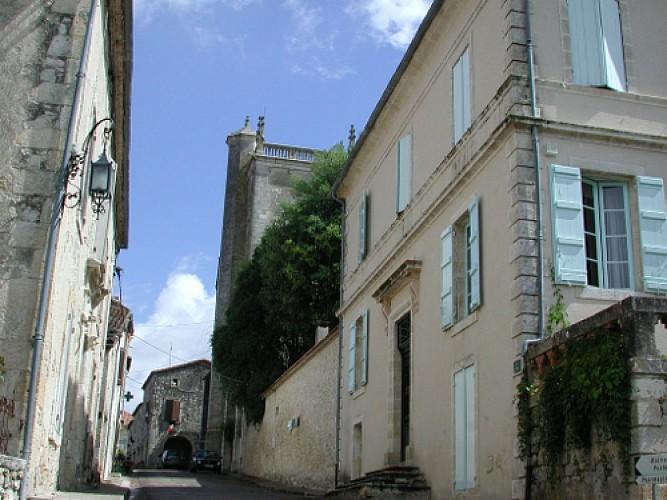 Lamontjoie, un cheminement de Lot-et-Garonne en Gers