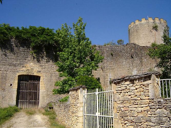 Sauveterre-la-Lémance, vers le hameau de la Ville