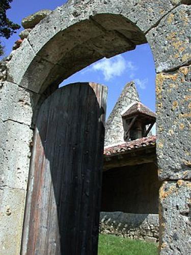 Le Nomdieu, vers le point de vue de l'église de St-Lary