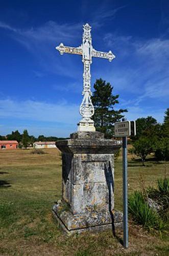 La Croix-Blanche, la balade du Bernou