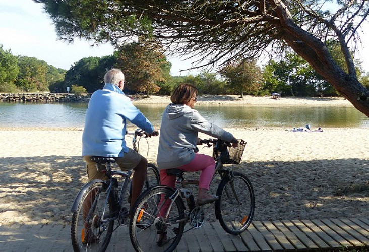 Le tour d'Arès à bicyclette