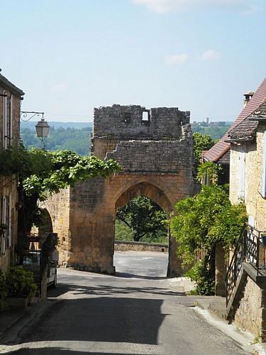 Circuit découverte Domme. Plus beaux villages de France