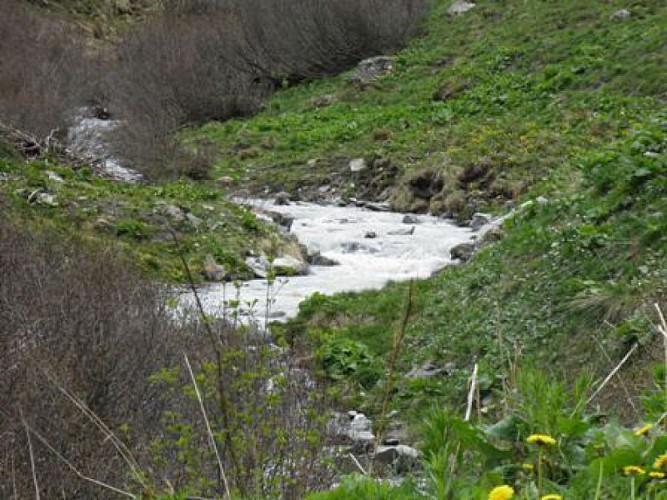 Rando bébé : le ruisseau de Pramain