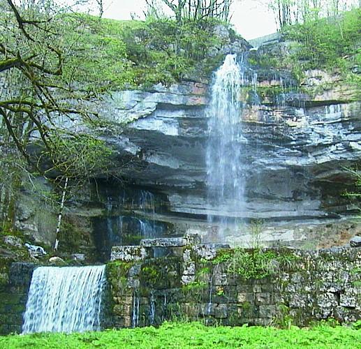 Les cascades du Hérisson : la balade confort (aller-retour)