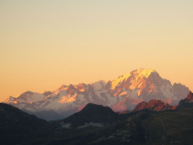 Le Mt Blanc vu du sommet de la Dent du Villard