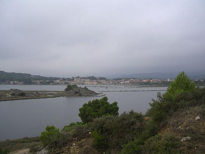PEYRIAC DE MER  7.4 Km