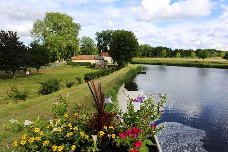 Le canal d'Orléans