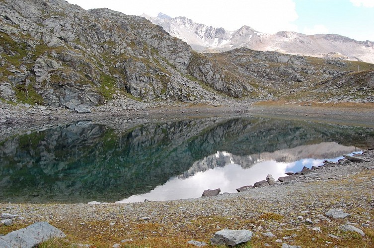 Hiking route: The Two Lakes Trail