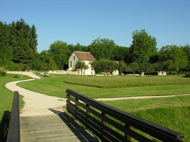 Chemin de Montrésor - Châteauvieux