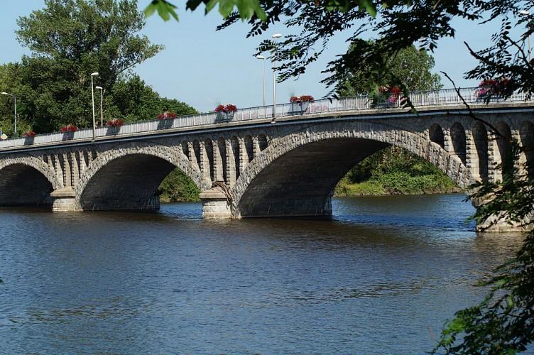 La voie des bords de Loire :Ecopôle du Forez / Feurs