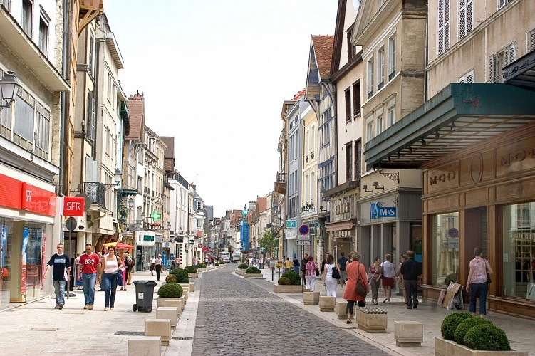 Parcours v lo route troyes centre ville troyes for Troyes magasin d usine soldes
